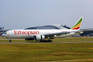 ET-ANR_-_Ethiopian_Airlines_-_Boeing_777-260(LR)_-_CAN_(12345257144)
