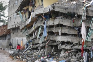 Death toll raises to 16 after a building collapased in Nairobi