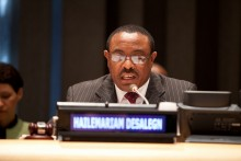 Ethiopian PM Hailemariam Desalegn Blames US-Based Opposition Groups for Olympic Medalist Feyisa Lilesa's Oromo Protest