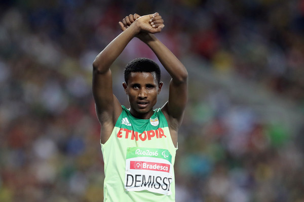 ethiopian-paralympic-athlete-to-seek-asylum-in-the-u-s-after-making-oromo-protest-sign-at-rio
