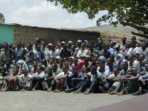 Ethiopia Frees 2,000 People Arrested During State of Emergency, Retrieves 1,500 Weapons